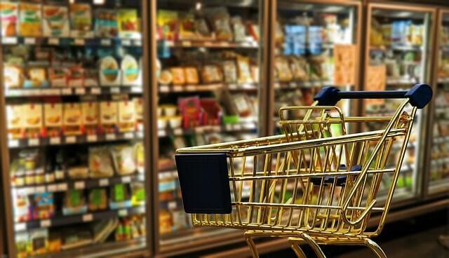 shopping-1165437_640-min (1)