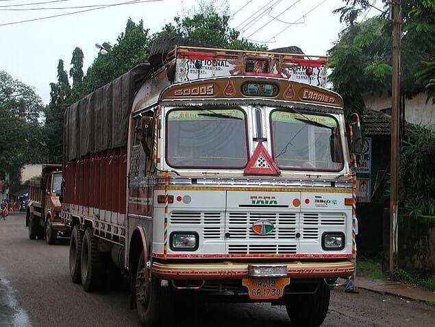 load truck-min (1)