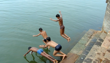 diving river India